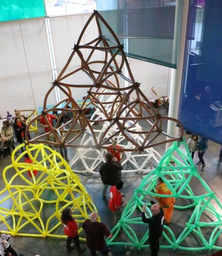 ecme17-tetraedro